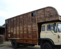 horsebox1_big.jpg