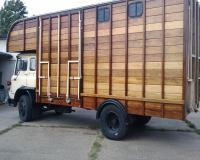 horsebox2_big.jpg